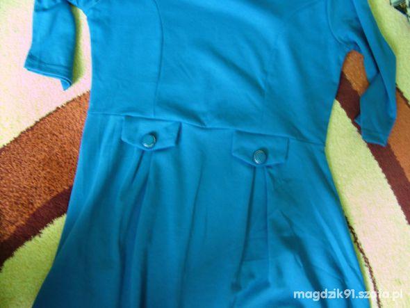 Suknie i sukienki Niebieska luźna sukienka