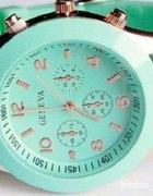 piękny miętowy zegareczek