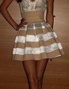 biało kremowa sukienka
