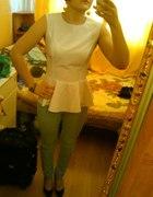 biała baskinka & miętowe spodnie...
