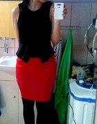czerwono czarno