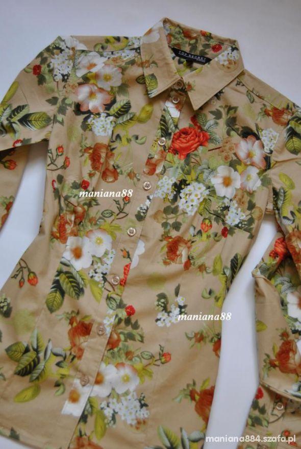 Beżowa Koszula W Kwiaty...