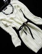 Śliczny długi ciepły sweterek z włoch 38 40 42