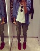 casual koszula jeansowa i bojówki