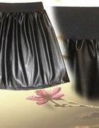 Spódnica Eko skóra CZARNA rozmiar L...