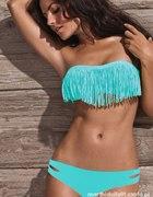 Biustonosz bądź bikini z frendzelkami...