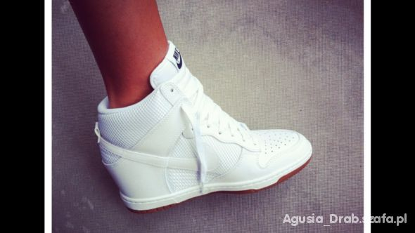competitive price 118ed cfad5 Obuwie Nike białe na koturnie