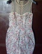 Floral sukienka