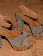 Wysokie zamszowe sandały