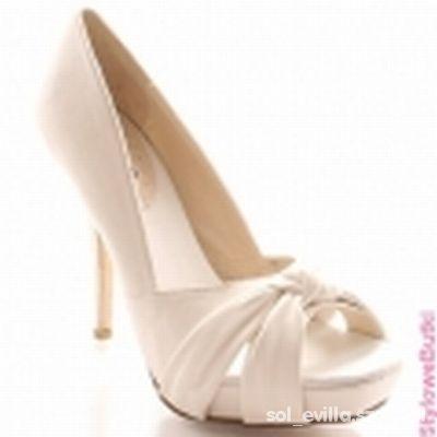 Buty ślubne Wild Diva wygodne szpilki czółenka ślub