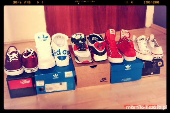 Adidas Nike Vans Converse