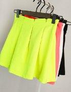 piękne spódniczki fluorescencyjne dontbeshy...