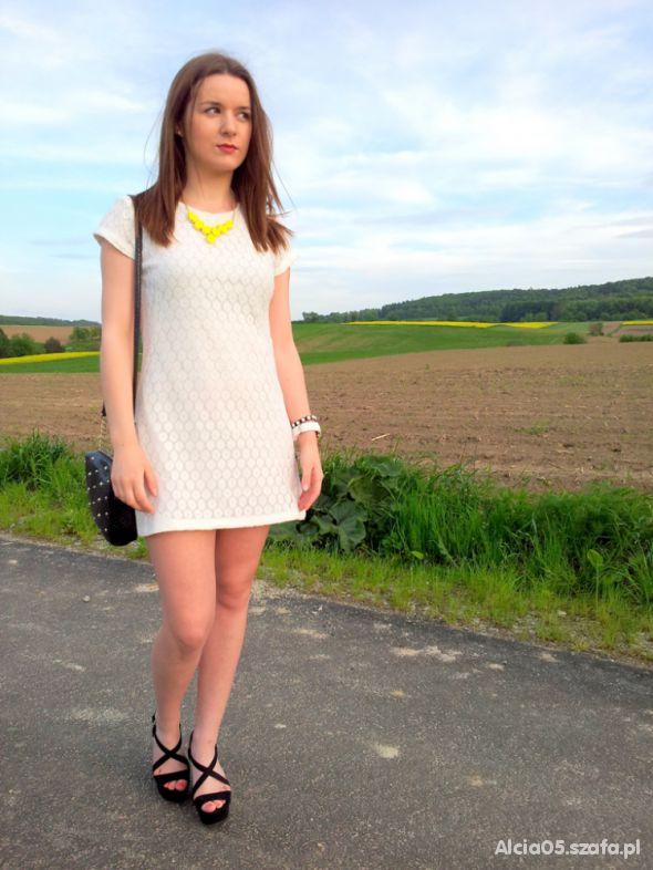 Mój styl White dress