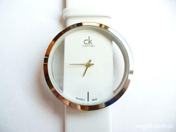 Zegarki Biały elegancki zegarek NOWY