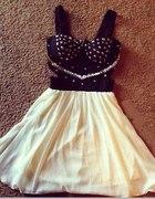 Sukienka Ostro Słodka