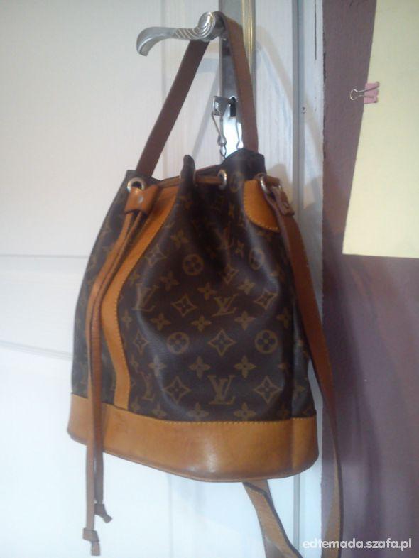 2d4b404321eca Louis Vuitton piękny skórzany worek z logo LV w Torebki na co dzień ...