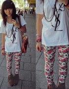 Białe legginsy floral XS
