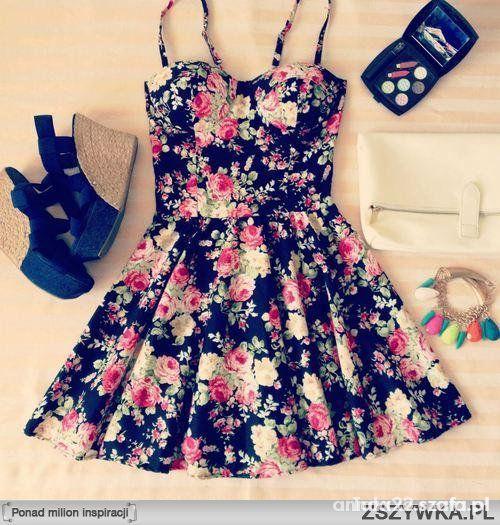 Poszukiwana sukienka w kwiatki