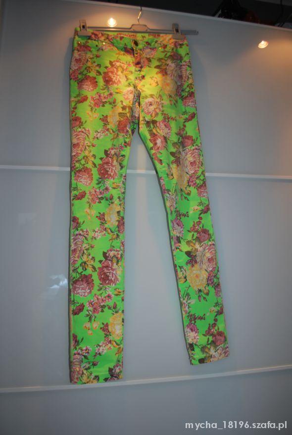 Mój styl Neonowe rurki w kwiaty