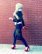 red high heels part 1...