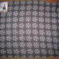 Czarna chusta w pentagramy