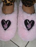 playboy różowe papucie...