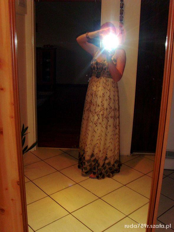 Na specjalne okazje letnia sukienka maxi