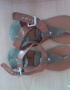 Zielone sandałki