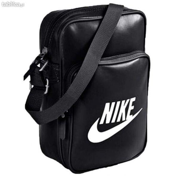 fb38a5c22da42 Listonoszka Nike biało czarna w Dodatki - Szafa.pl