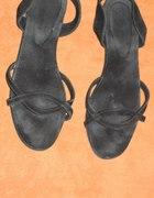 Czarne płaskie sandały paseczki 41 zamszowe