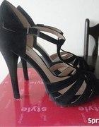 czarne sandałki CENTRO...