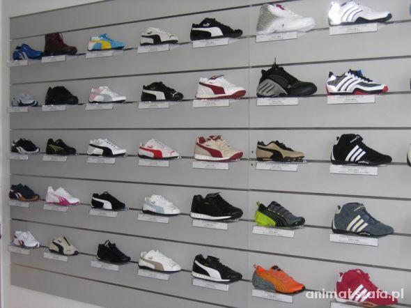 Poszukuje butów NIKE ADIDAS PUMA w rozmiarze 44 45
