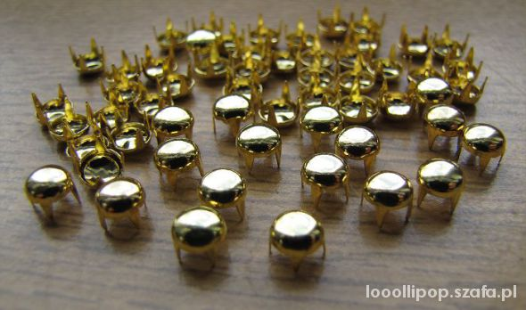 Pozostałe złote ćwieki pukle okrągłe srednica 5mm