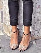 Sandałki azurkowe 36
