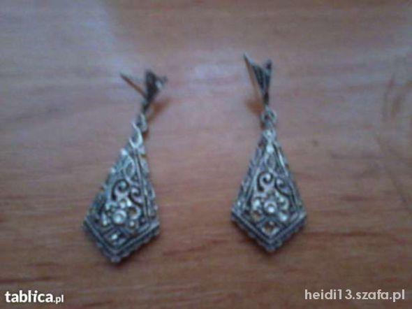 Kolczyki Srebrne kolczyki z kryształkami