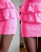 koronkowa spodnica z baskinką
