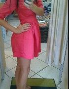 Malinowa sukienka H&M