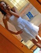 Biała sukienka koronka