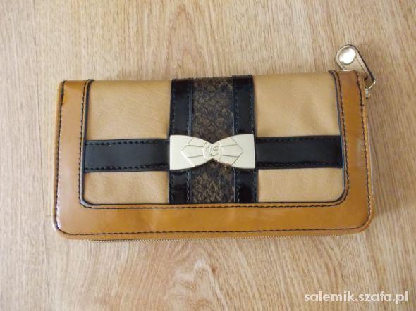 Przepiękny karmelowo beżowy portfel NOWY