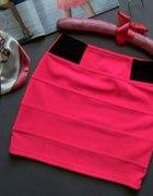 Mini spódniczki ciemne odcienie różu