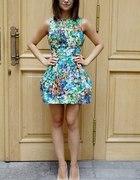 Sukienka w kwiaty S