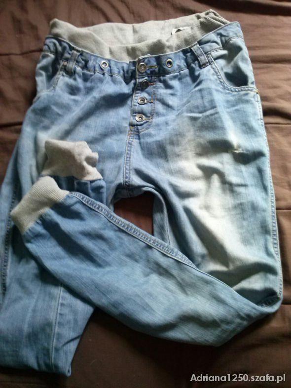 Spodnie z krokiem