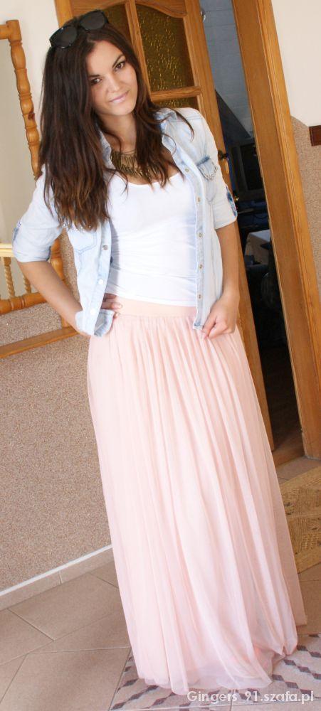 Romantyczne maxi spódnica i jeans