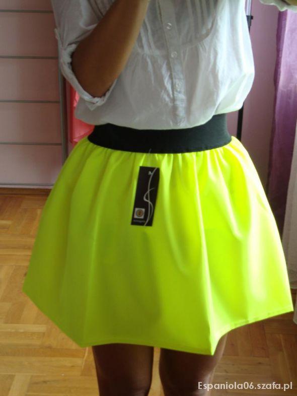 Spódnice Neonowa rozkloszowana mega żółta spódnica