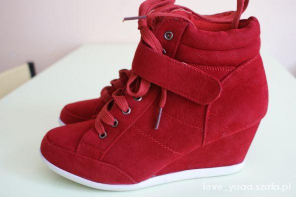 Czerwone nowe sneakersy 37