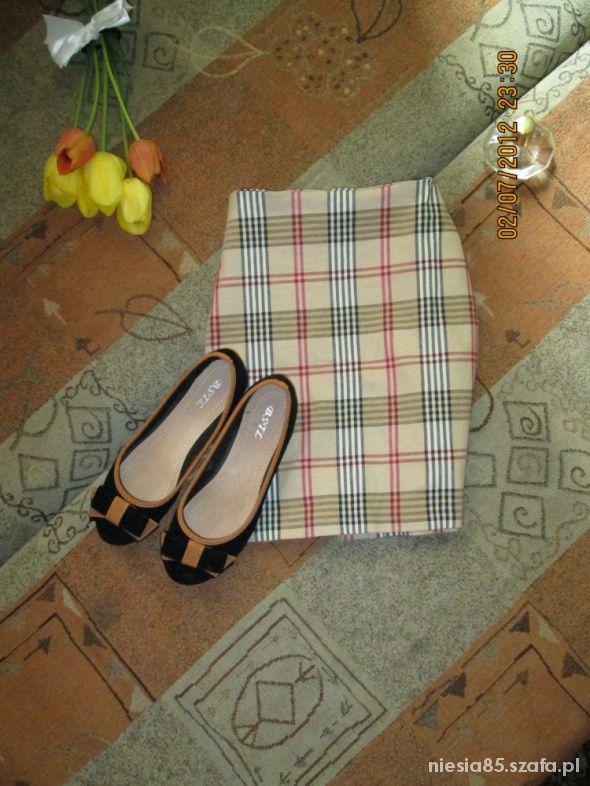 Spódnice dopasowana ołówkowa mini kratka burberry M
