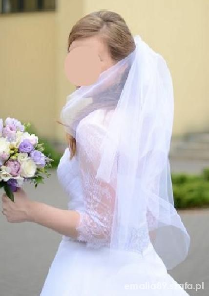 Na specjalne okazje Piękna delikatna suknia z koronkowym bolerkiem