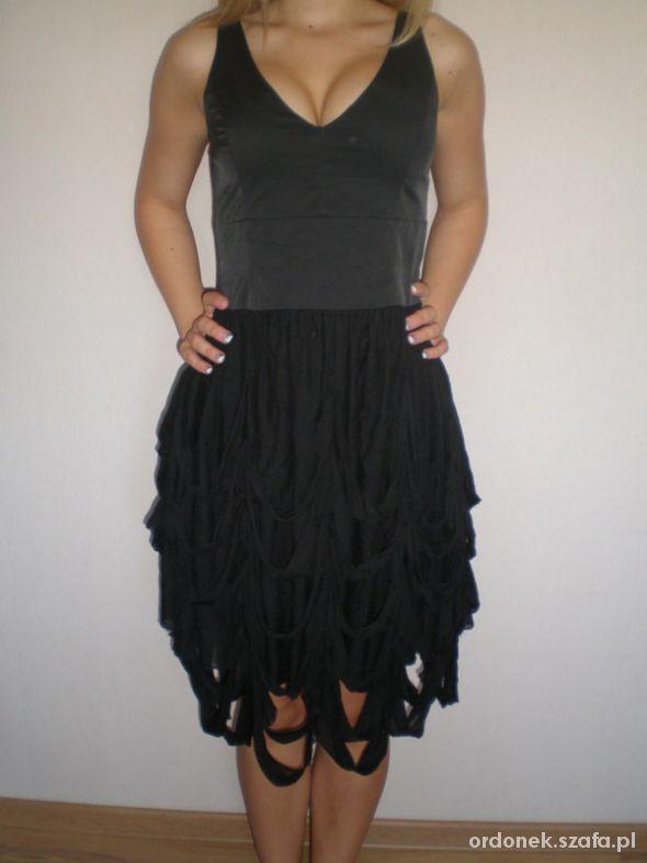 82446218be Czarna sukienka Tiffi rozm 36 w Suknie i sukienki - Szafa.pl