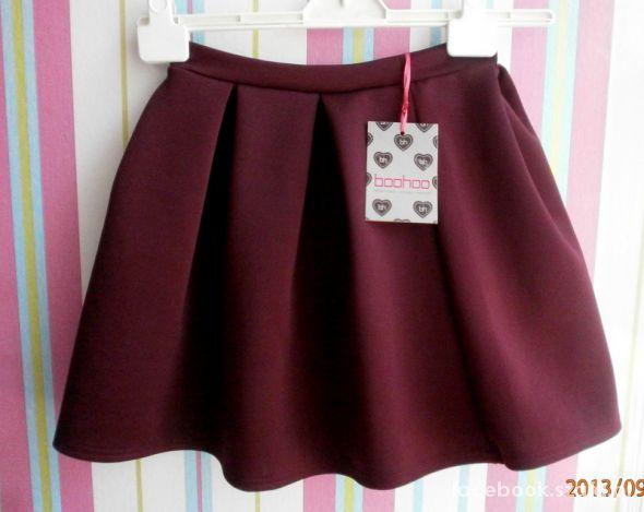 Spódnice Boohoo bordowa rozkloszowana