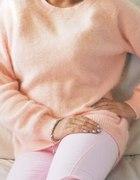 różowy sweterek H&M